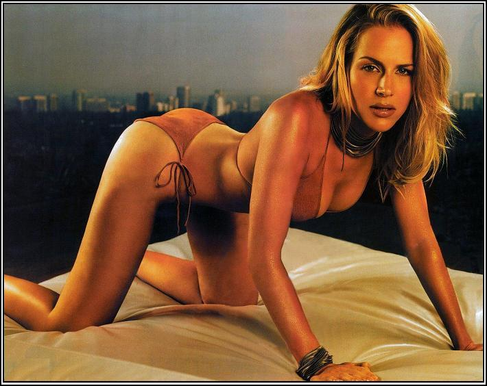 julie benz dexter death. Dexter, Julie Benz,